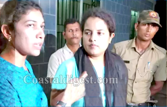 Image result for lady IPS officers attacked in mangalore over sand mafia