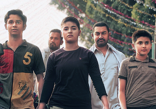 Aamir Khan S Dangal Collects Rs 216 Crores At The Bo