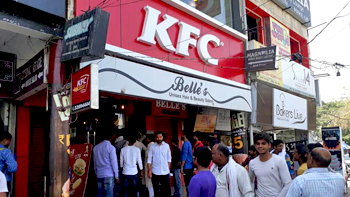 KFC, 300 meat shops forced to down shutters by 'Shiv Sainiks' in Gurgaon for Navratri